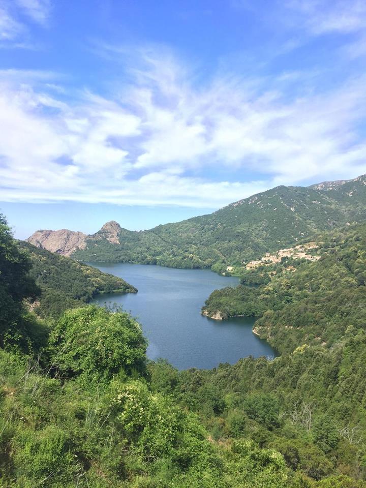 Lac de Tolla tour de Corse à vélo