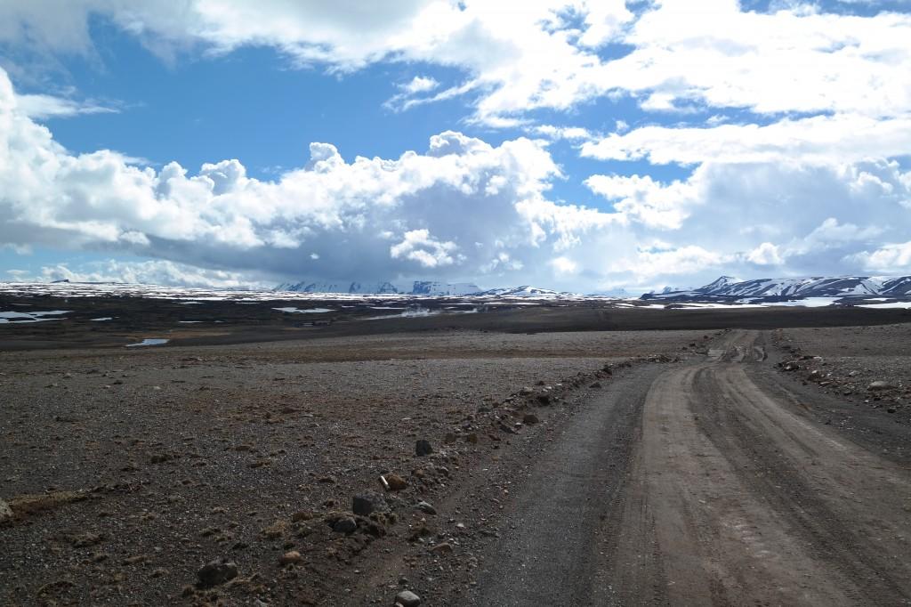 route en islande vélo gravel