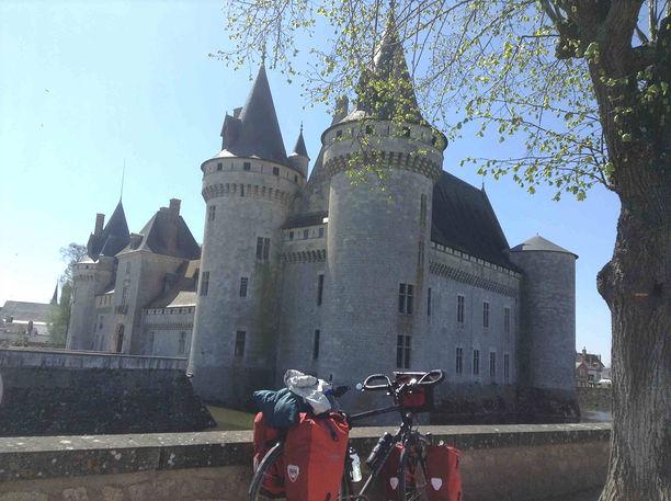 Magnifique château de Sully sur Loire