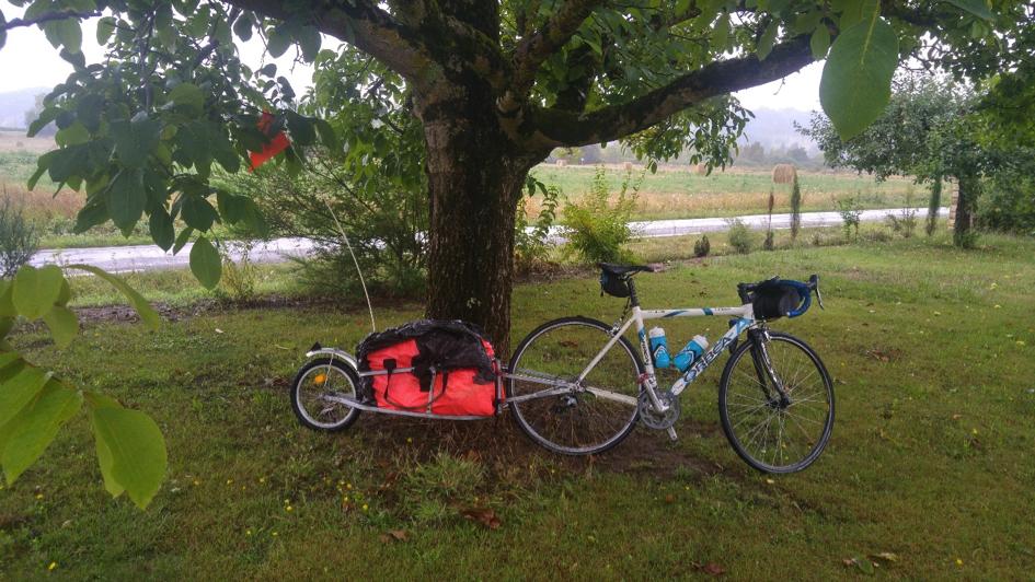 Vélo voyage un jour un ami