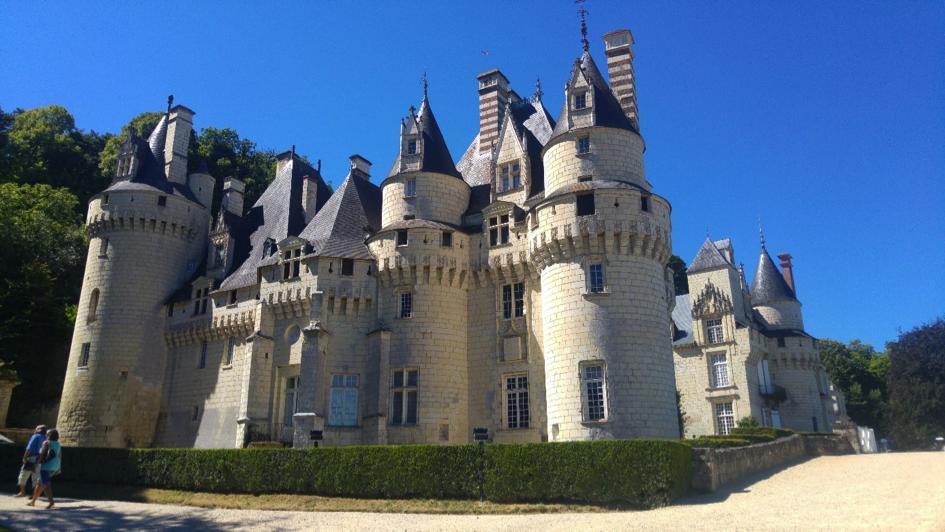Château belle au bois dormant sur les bords de Loire