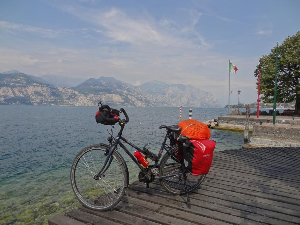 Voyage à vélo région des grands lacs italiens lac d'iseo