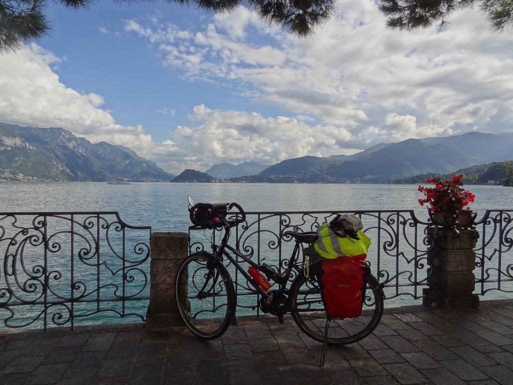 Lacs italiens région vélo