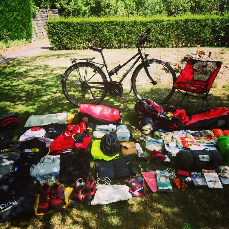 Equipement de Charlotte pour son voyage à vélo