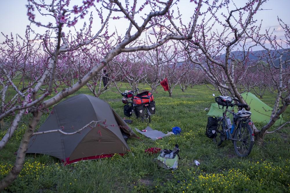 Camping sauvage voyage vélo