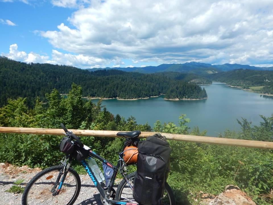 Voyage vélo lac