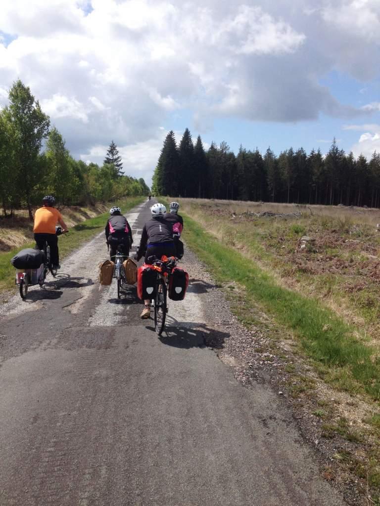 Voyage à vélo groupe Clacyclo