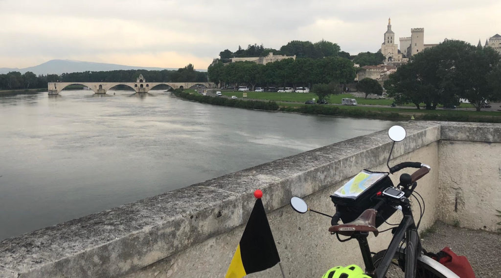 Et voici le fameux Pont d'Avignon, qui signifie pour moi la fin de mon aventure!