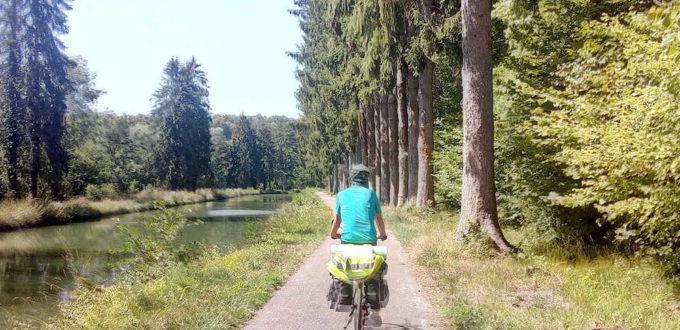 Canal de Champagne Bourgogne à vélo